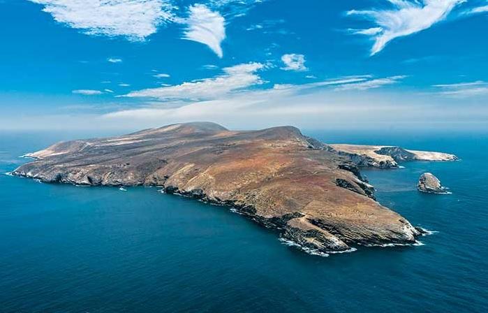 SBI Island in Channel Island row in California